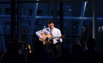 Chris Proctor: Solo Acoustic Guitar