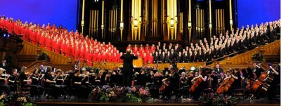Mormon Tabernacle Choir and Orchestra on Temple Square