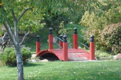 Birds & Parks: International Peace Gardens