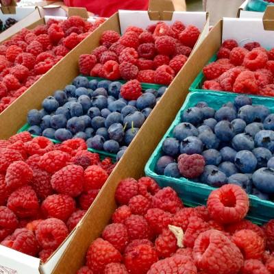 Francis Family Farms Fruit and Veggie Market