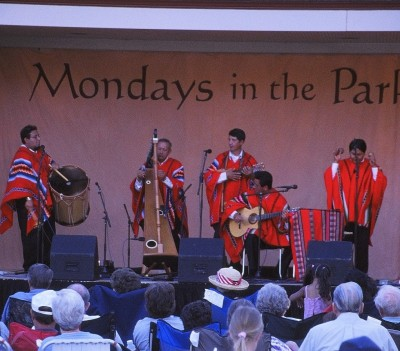 Mondays in the Park 2016: Mensajeros del Tiempo and Chaskis