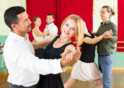 Dance Classes for Beginners - Moving, Grooving Fun!