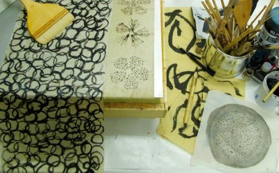 Encaustic Review: Introduction To Beeswax and Paper