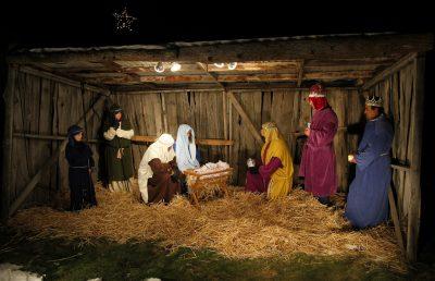 Live Nativity at University Place