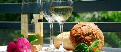Sparkling Wines and Cheeses from Around the World $
