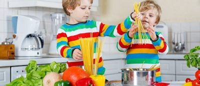 Kids in the Kitchen - Spaghetti and Meatballs