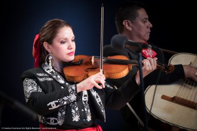 Mariachi Sol de Jalisco: Traditional songs from Mexico