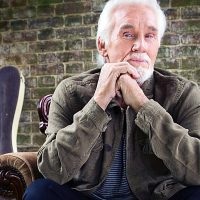 primary-Kenny-Rogers-1486630281
