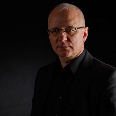 Polish - German Guitarist Andrzej Mokry in Concert