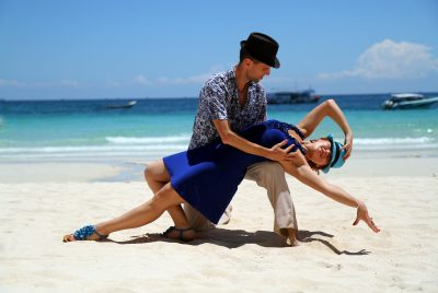 Summery Salsa Dance - Crash Course for Complete Beginners!