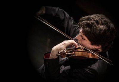 Augustin Hadelich Performs Beethoven's Violin Concerto