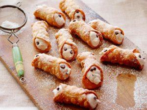 Cannoli Cravings