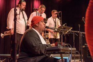 Owl Bar Live Music: Changing Lanes