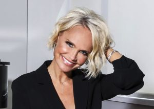 Kristin Chenoweth in Concert: For the Girls -RESCH...