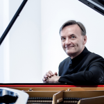 Stephen Hough plays Bach, Schumann & Liszt - O...