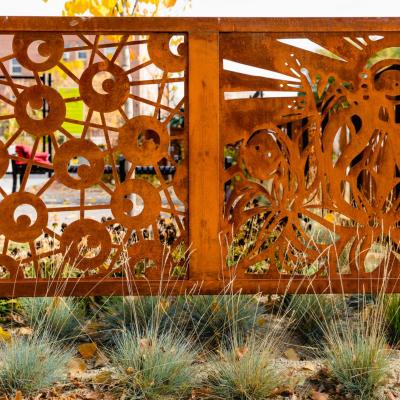 337 Garden Fences