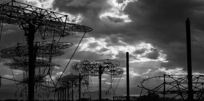 DOUGLAS HUNTER: Solar – Ruin