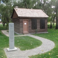 Highland Fling Pioneer Cabin and Museum Tours